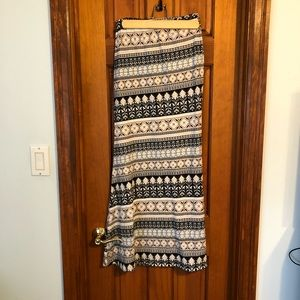 LA Hearts Maxi Skirt Form Fitting Size Small